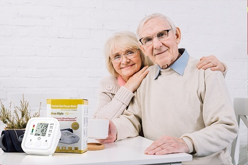Kingsport tặng 10.000 máy đo huyết áp tri ân khách hàng - ảnh 3