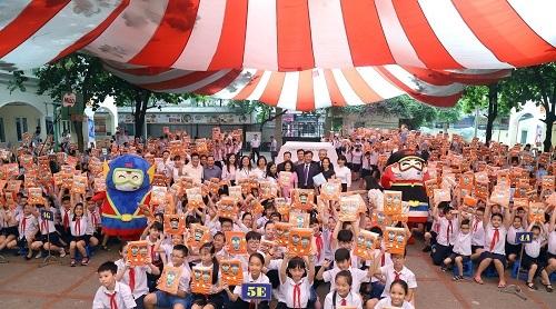 3M Việt Nam trong một hoạt động đồng hành cùng trẻ em.
