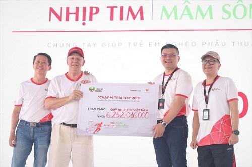 Giải chạy tổ chức tại TP HCM quyên góp được hơn 6,2 tỷ đồng.