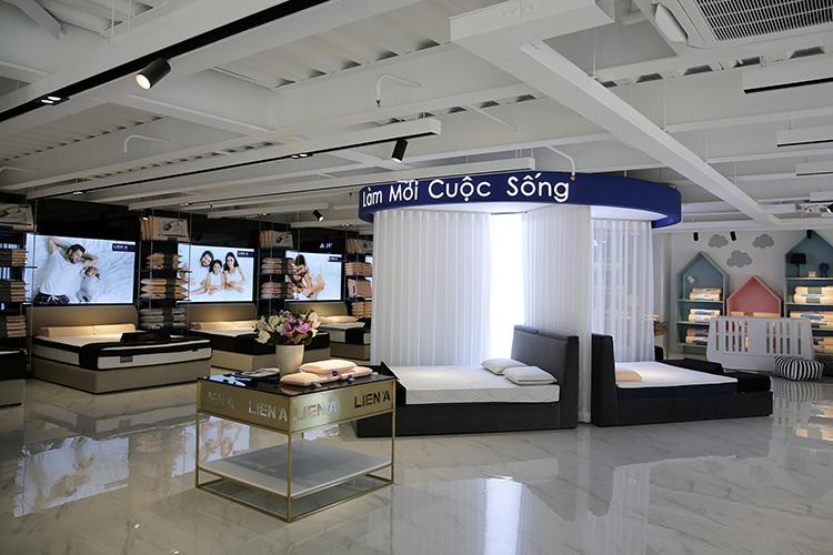 Nội thất tại showroom mới nhất của Liên Á.