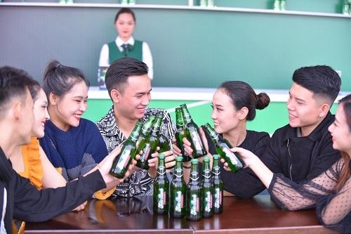 Lễ hội là nơi bạn bè, gia đình... tụ hội.  Habeco tổ chức lễ hội bia tại Hà Nội Anh 2 6394 1574909838