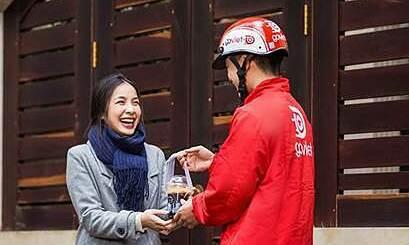Dịch vụ giao nhận đồ ăn tại Việt Nam còn tăng trưởng