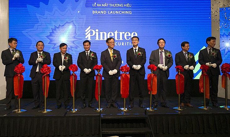 Hanwha Investment & Securities đổi tên thành chứng khoán Pinetree Việt Nam