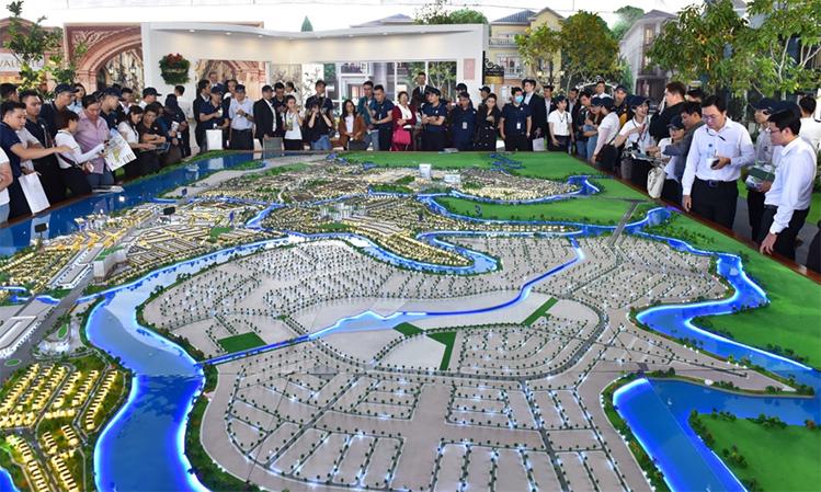 Ra mắt từ tháng 5/2019, khu đô thị sinh thái Aqua City (Đồng Nai) thu hút nhiều khách tham quan.