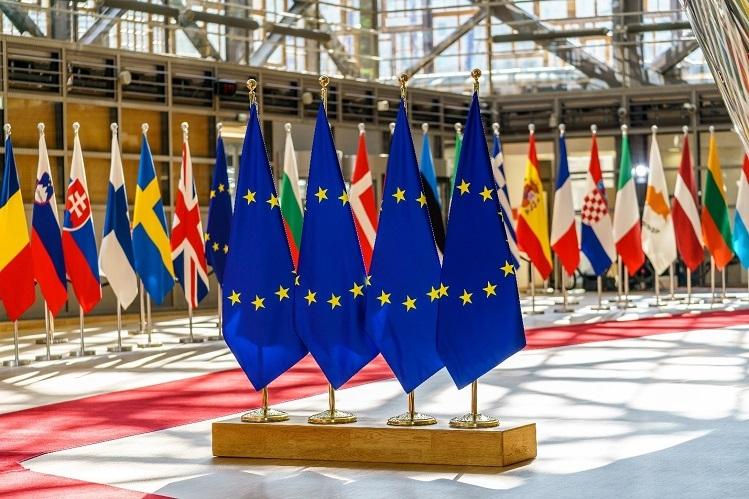 Các chương trình đầu tư định cư châu Âu có điều kiện khá dễ dàng.