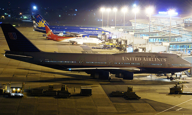 Một máy bay của United Airlines tại sân bay Tân Sơn Nhất hồi cuối năm 2008. Ảnh: TangoKilo/Jetphotos