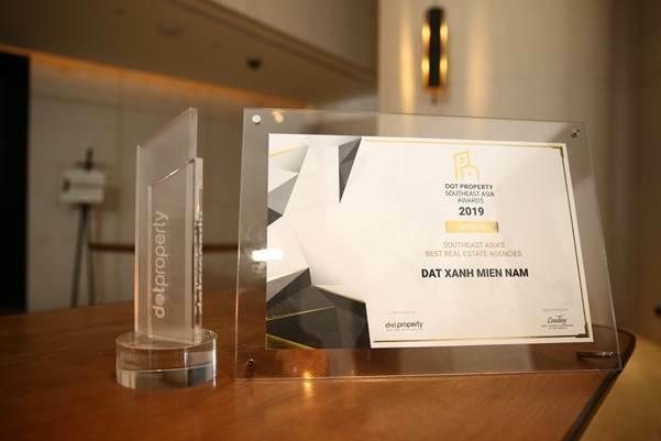 Giải thưởng Đơn vị phân phối bất động sản tốt nhất Đông Nam Á.