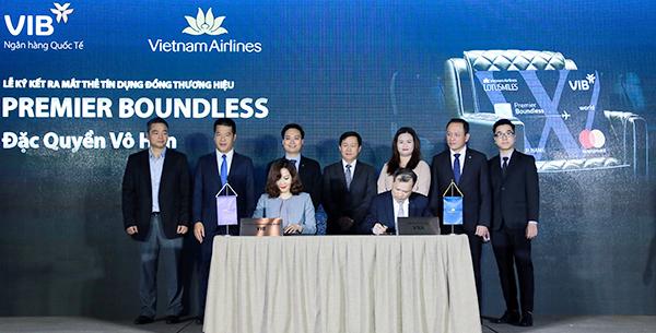 Thẻ tín dụng có ưu đãi kỷ lục ra mắt tại Việt Nam - ảnh 1