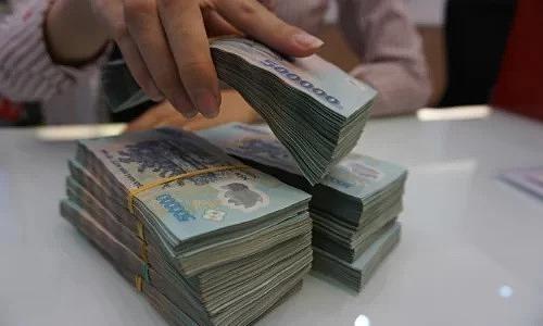 Moody's hạ triển vọng tín nhiệm 18 ngân hàng Việt