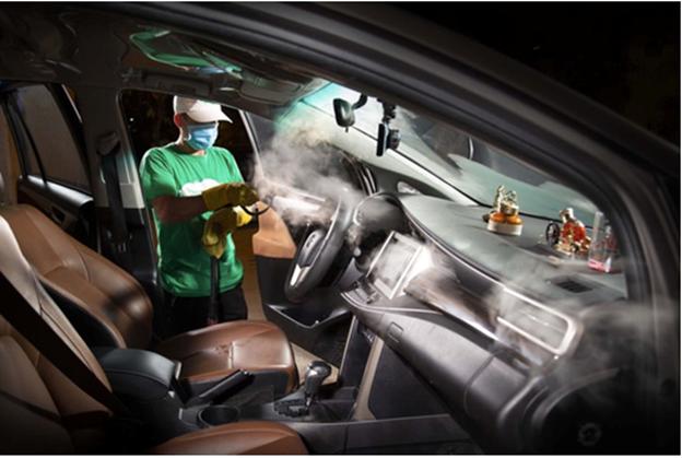 Với công nghệ hơi nước nóng bão hoà, PowerSteam dễ dàng rửa đến mọi ngóc ngách trong xe hơi.