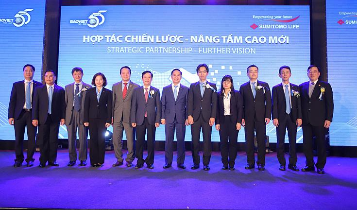 Bảo Việt thu 173 triệu USD từ đối tác ngoại