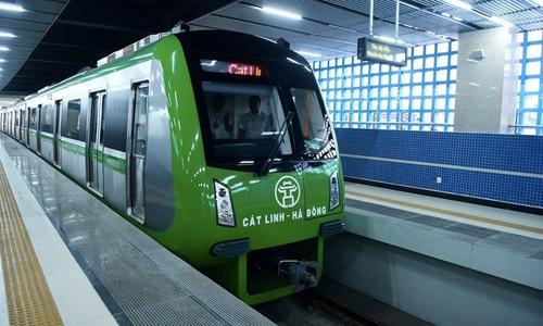Tàu tuyến đường sắt Cát Linh - Hà Đông chạy thử nghiệm. Ảnh: Giang Huy