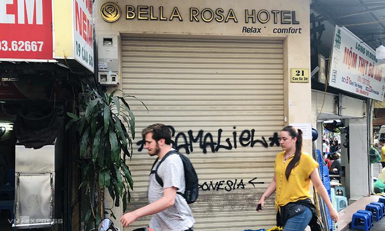 Hàng loạt khách sạn phố cổ đóng cửa - ảnh 2