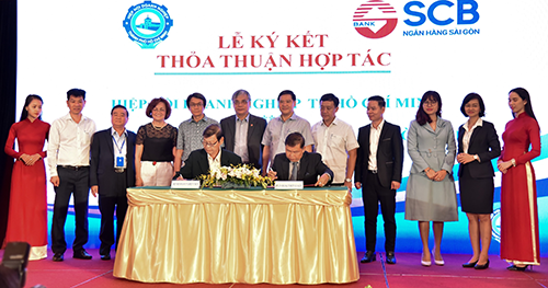 Đại diện SCB và HUBA ký kết thoả thuận hợp tác sáng ngày 29/2.
