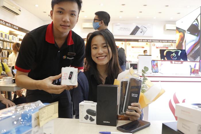 Ngay hôm nay, bạn đã có thể sở hữu Galaxy S20/S20+/S20 Ultra và quà đặt trước tại FPT Shop.