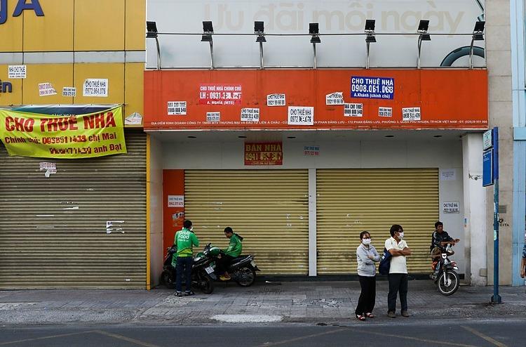 Nhà mặt tiền cho thuê đóng cửa tại TP HCM. Ảnh: Quỳnh Trần