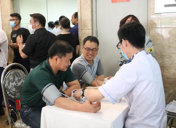 Thành viên Ban Giám đốc Shinhan Finance tại ngày hội hiến máu nhân đạo vừa diễn ra cuối tuần qua.