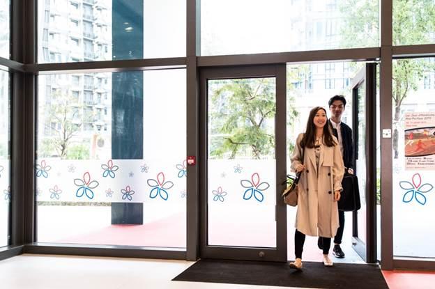 Trường Quốc tế Pháp tại Hong Kong sử dụng hệ thống khóa Assa Abloy.