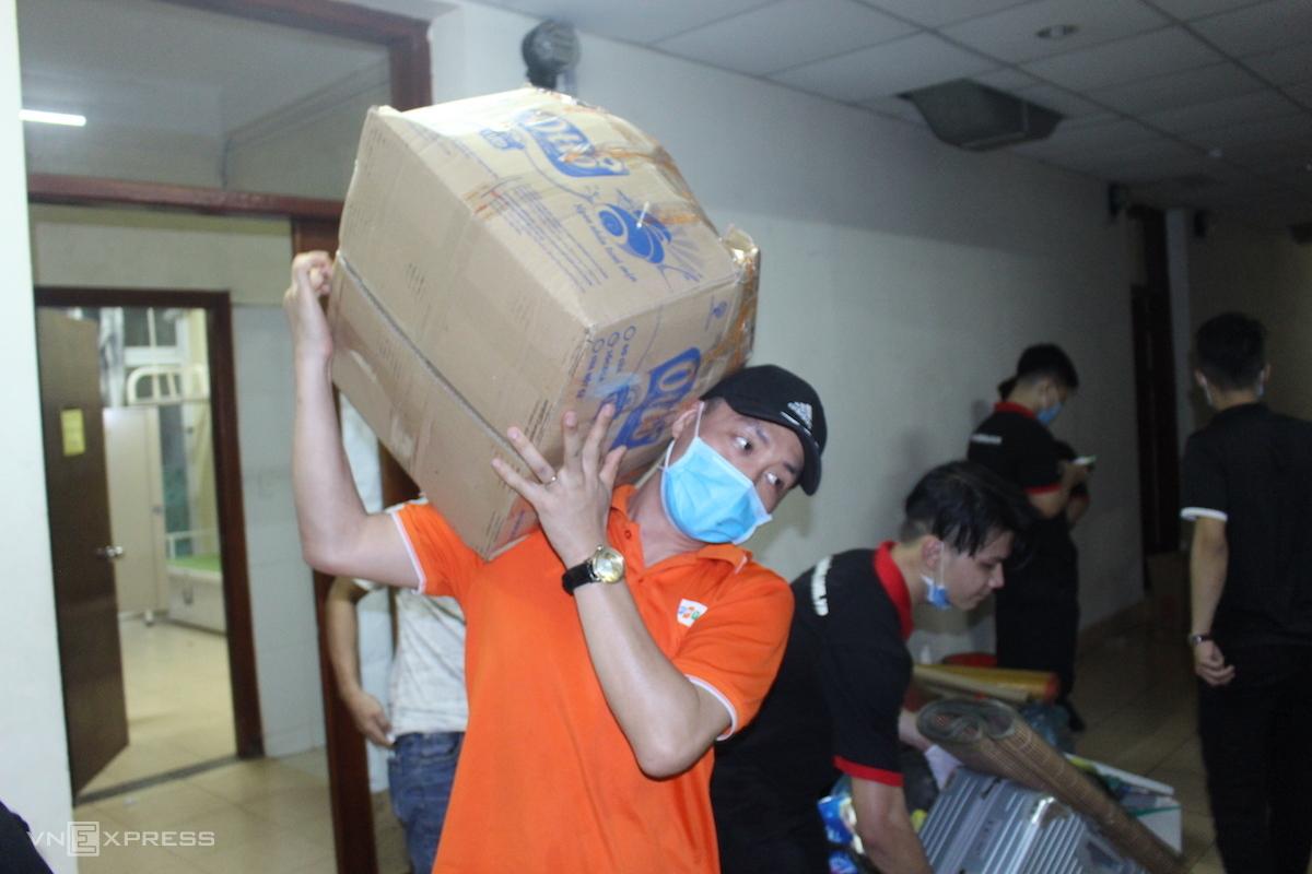 Doanh nghiệp Việt góp công, góp của chống đại dịch - ảnh 1