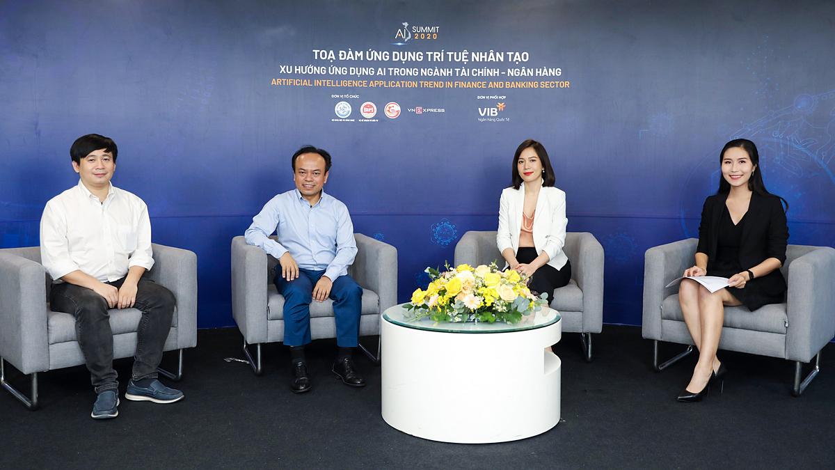Tọa đàm Xu hướng ứng dụng AI trong ngành tài chính - ngân hàng hôm 27/8. Ảnh: Quỳnh Trần.