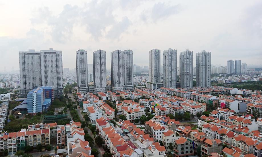 Thị trường bất động sản khu Nam TP HCM. Ảnh: Minh Lê.